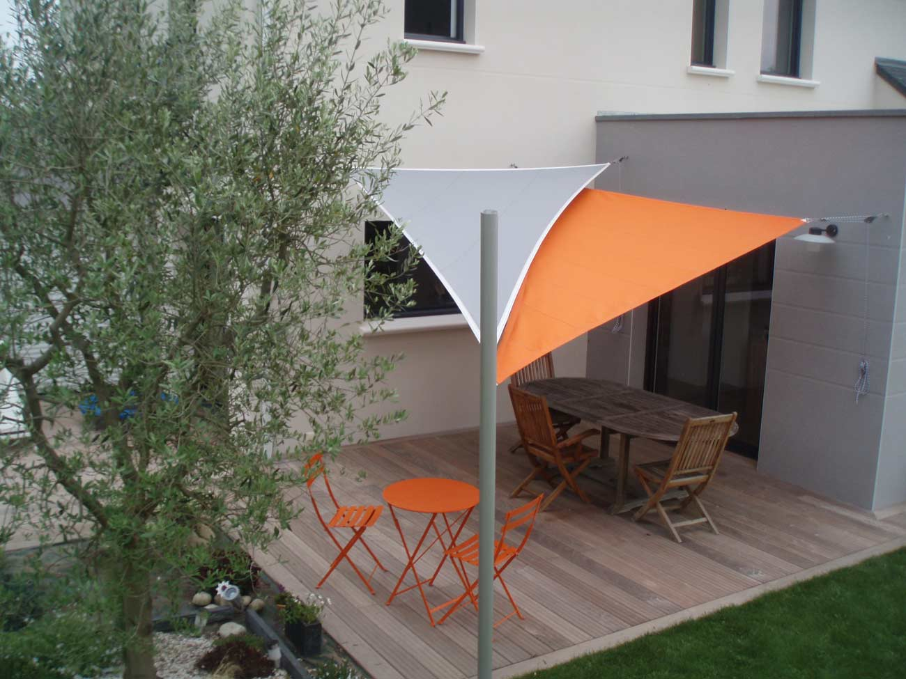 des voiles triangles plus design quun store banne