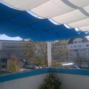 voile-ombrage-bleue-44-pergola