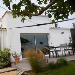 Vendée : 2 voiles sur emmagasineur pour voiles d'ombrage (85)